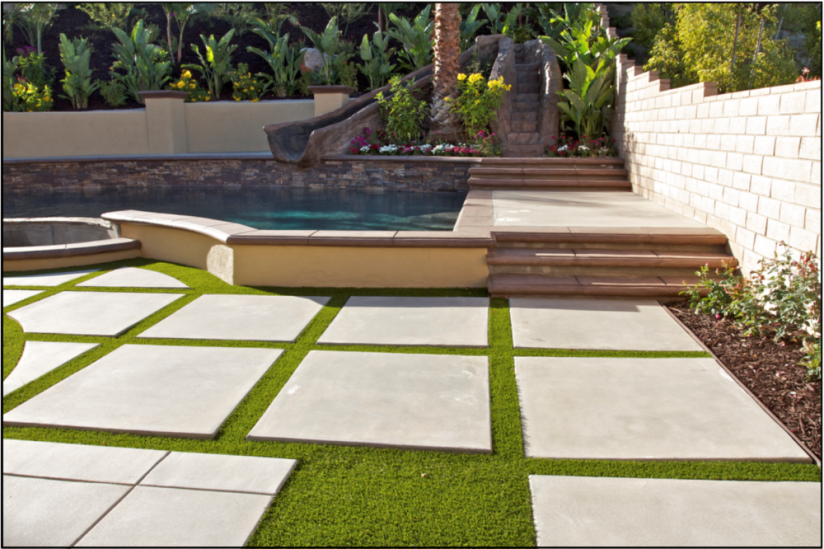 diy-landscape-artificial-turf-grass-1024x684